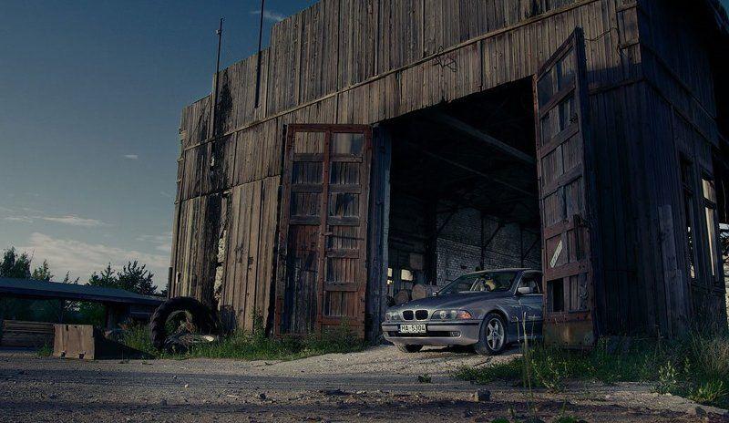 bmw, машина, заброшенный завод, пустырь photo preview