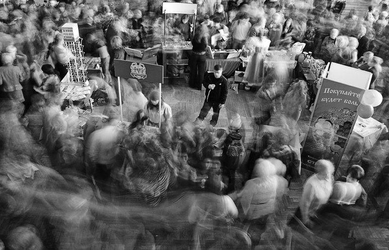 толпа, люди, боль Столпотворениеphoto preview
