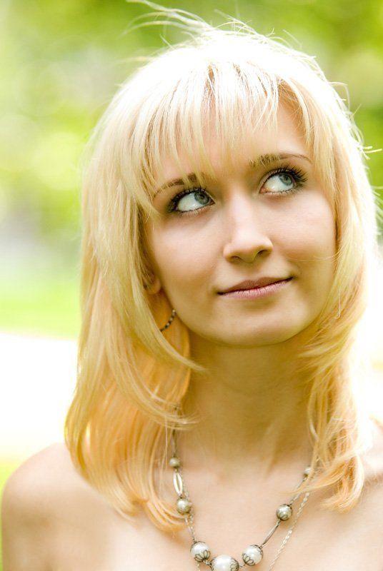 девушка,  блондинка летняяphoto preview