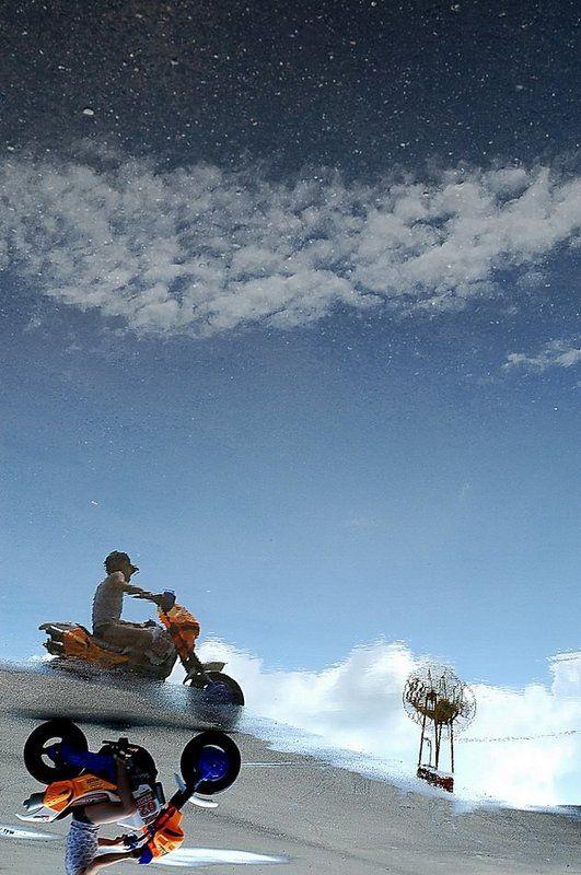небо, велосипед, мальчик, вода Nphoto preview