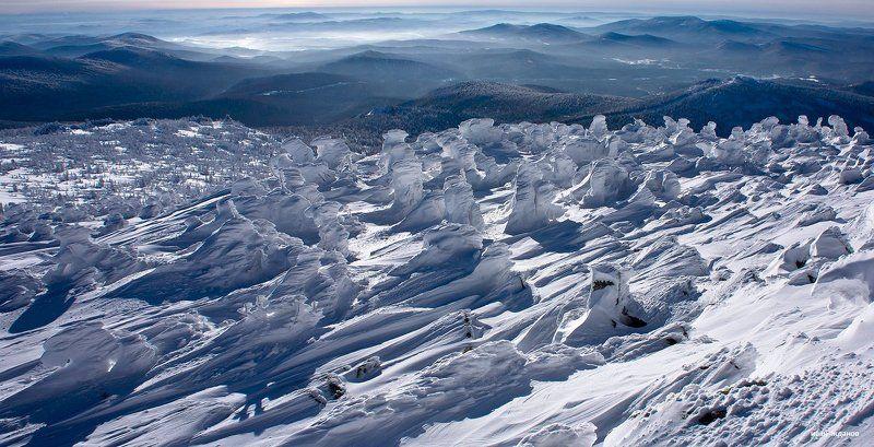 горы, шерегеш, горная шория, зима, сибирь, солнце, снеговики Предновогоднее паломничество снеговиковphoto preview