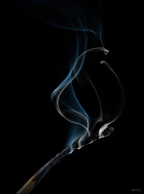 спичка, дым, душа Потухшая спичкаphoto preview
