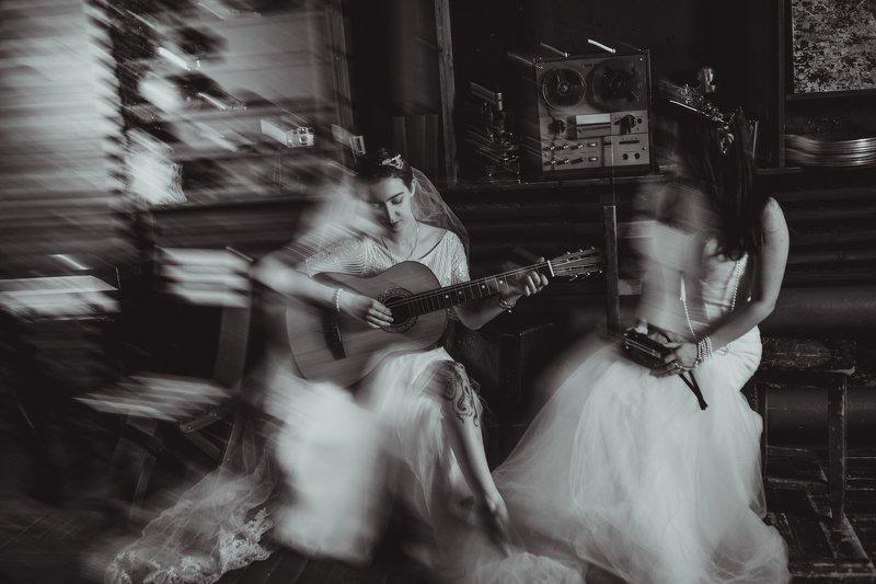 монохром, черно-белое фото, портрет, женский портрет, студия, свадебное фото, невесты Невестыphoto preview