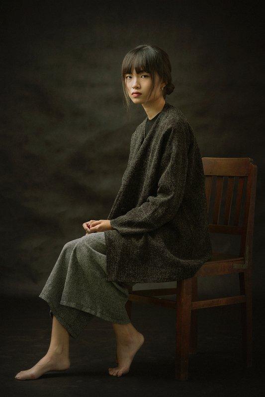 portrait, female, woman, girl, asian, vietnam, vietnamese, studio, mood * * *photo preview