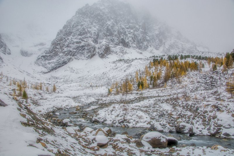 алтай,горы зима близкоphoto preview