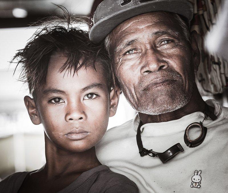 Отец и сынphoto preview