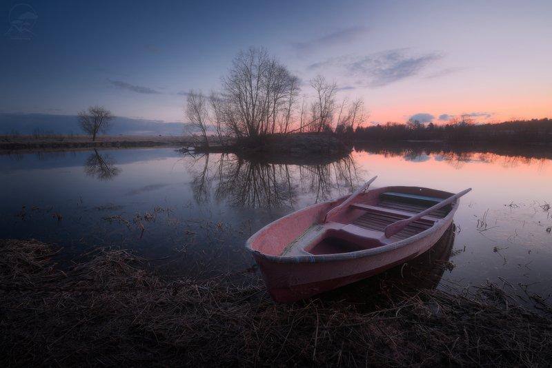 пейзаж, природа, река, лодка, дубна, утро, апрель, весна Утро на Дубнеphoto preview
