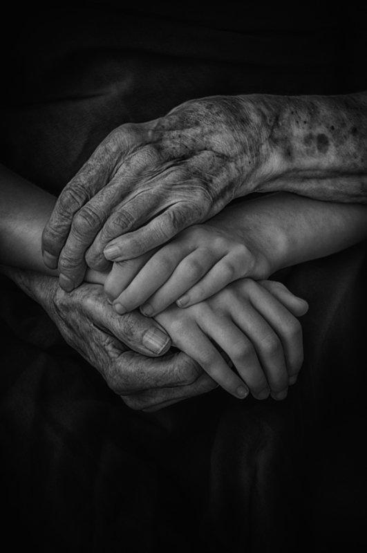 hands, time, black and white, conceptual, руки, время, чёрно-белое, концептуально The knot of timephoto preview
