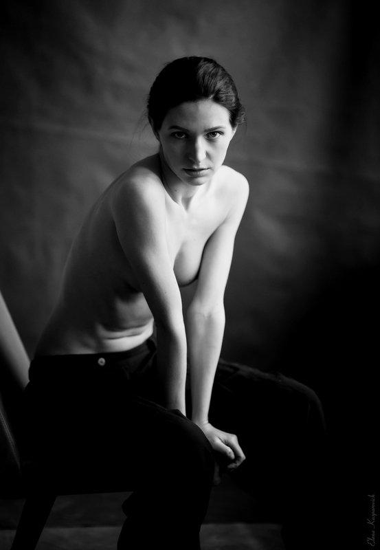 женский портрет, девушка, чб photo preview