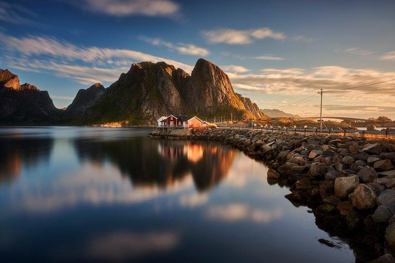 reine, lofoten, landscapes Morining lightphoto preview