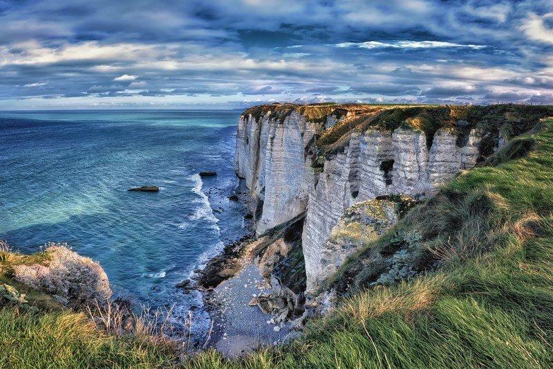 пейзаж,океан,скалы,небо,облака Ветреный день.photo preview
