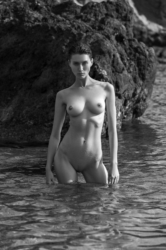 девушка,ню,чёрное море,крым,пляж Black Seaphoto preview