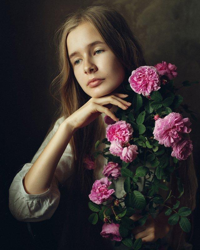 девушка, портрет, розы Машенькаphoto preview