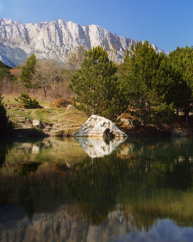 Пейзаж, день Озеро Шаан Кая, Крымphoto preview