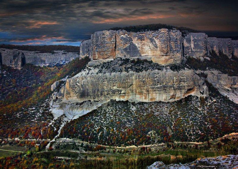 Типичный каньон в Крыму, или...