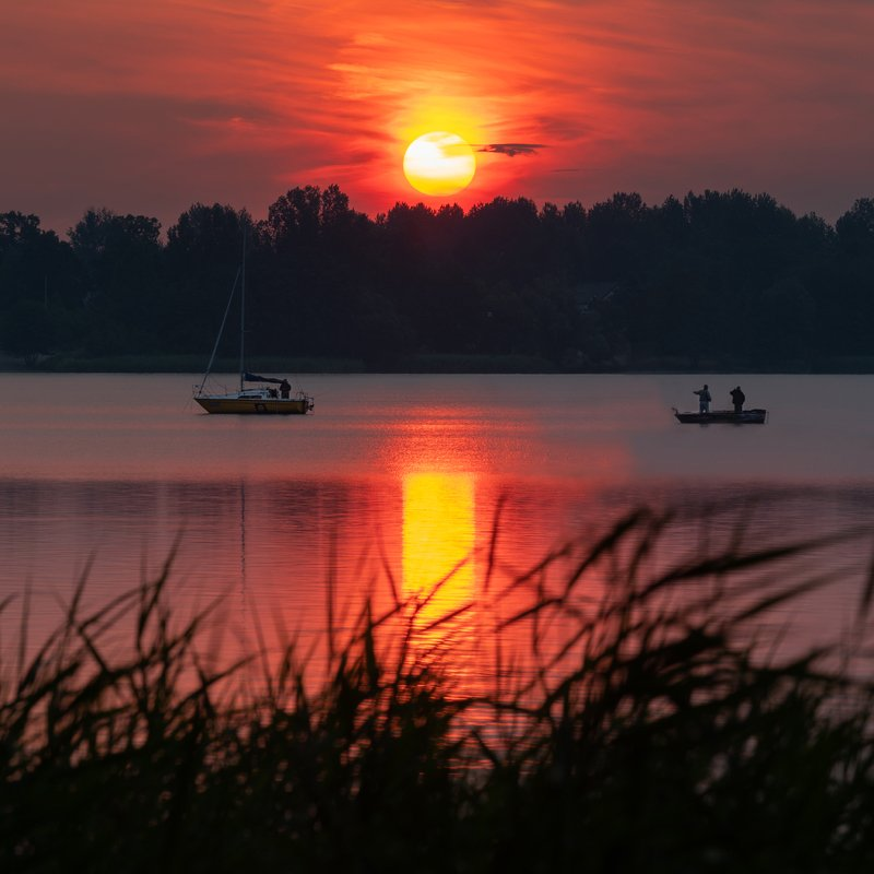 curiosity, landscape, sun, sunrise, colors, boat, lake, nature Curiosityphoto preview
