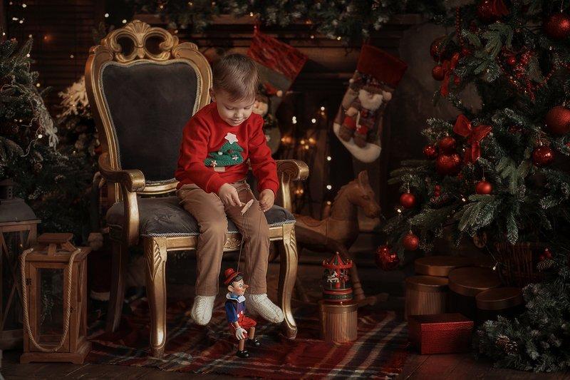 Детская фотография, новый год, семейная фотография, фотограф, Алматы, Казахстан, фотограф Алматы, семья, красиво, Алматы фотограф, awesome, amazing, kazakhstan, almaty, photographer,  beauty, постановочная фотография Любимая игрушкаphoto preview
