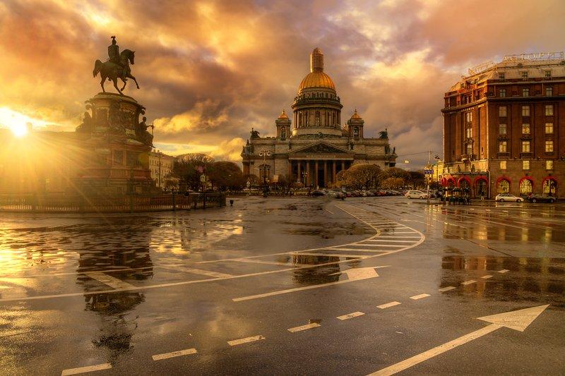 Исаакиевская площадь после дождя...photo preview