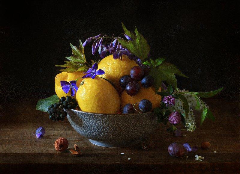 натюрморт Лимоны на тарелкеphoto preview