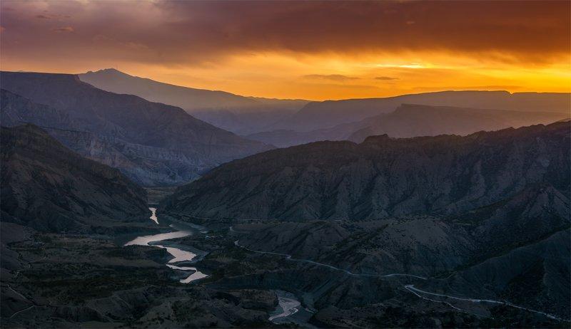 природа, пейзаж, горы, кавказ, природа россии, дикая природа, рассвет, восход, свет, облака, весна, Утро.photo preview