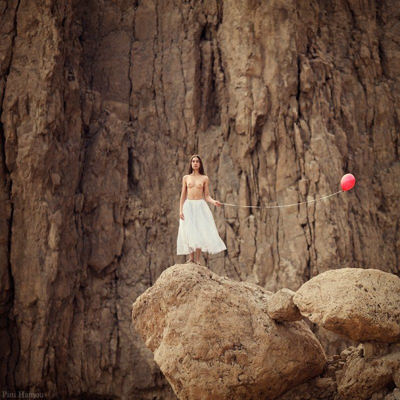 tanya, woman, white, naked, red, brown, rock, wire, desert, skirt, balloon, dead sea,  chest, long hair Tanyaphoto preview