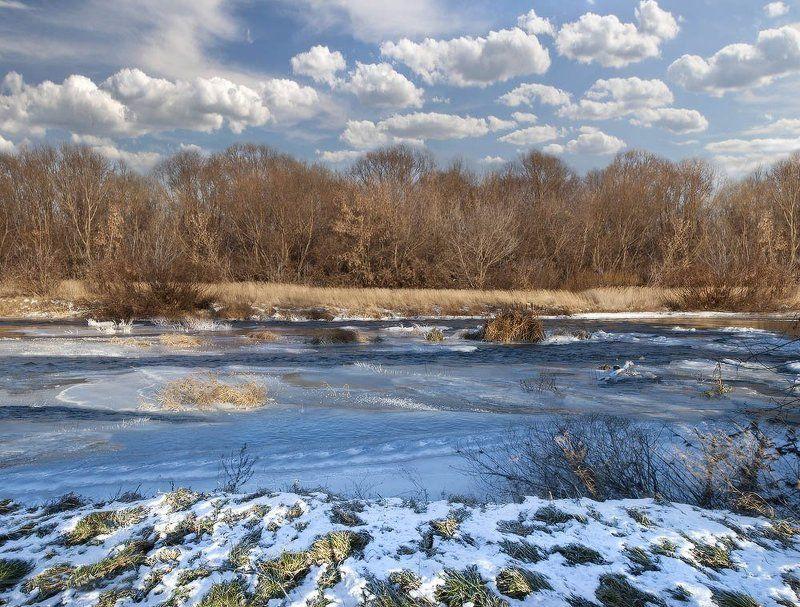 Декабрь воттенках голубогоphoto preview