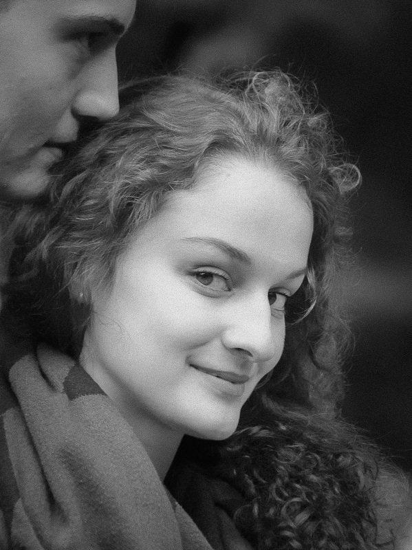 портрет, черно-белое, ч/б, уличный портрет, взгляд, питер, девушка, Мастер и Маргаритаphoto preview