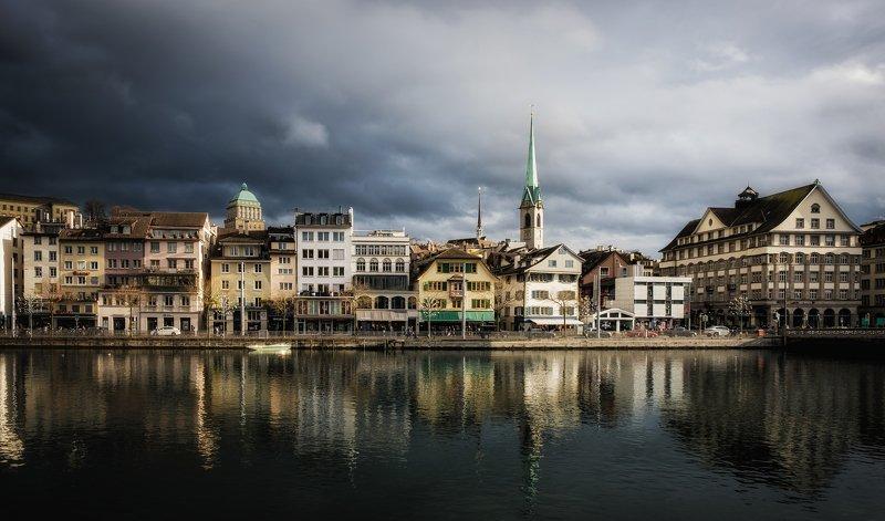 Cloudy Zurichphoto preview