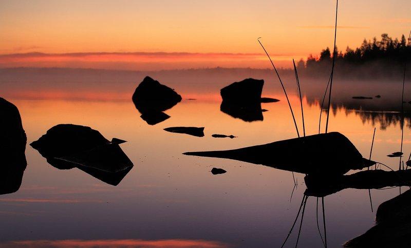 карелия, закат, река, камни, озеро Юлеозеро, закатphoto preview