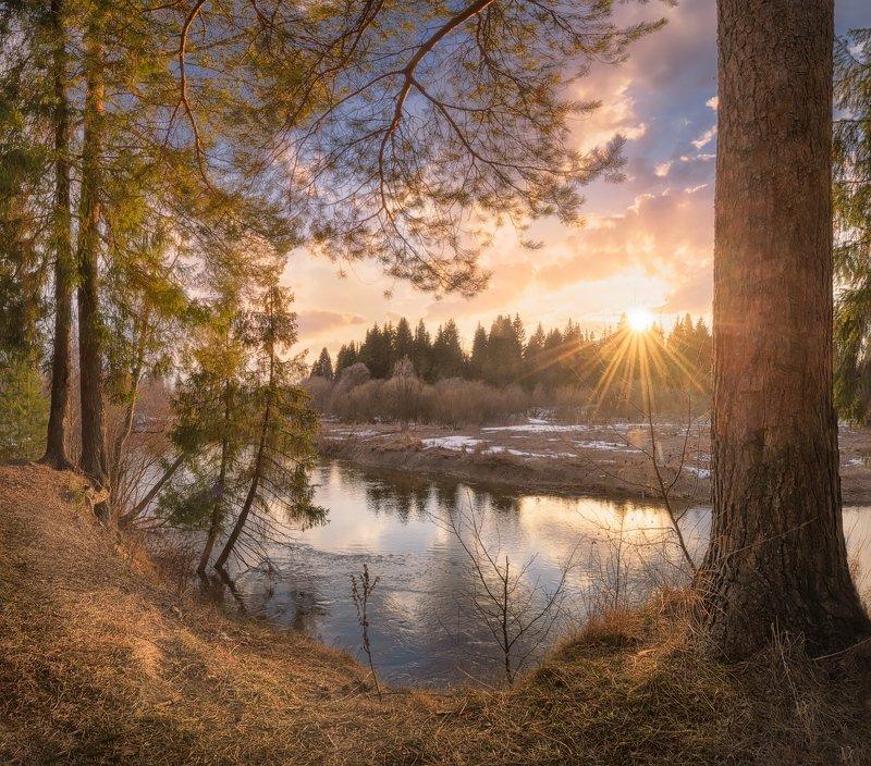 река, весна, солнце Апрельское половодьеphoto preview