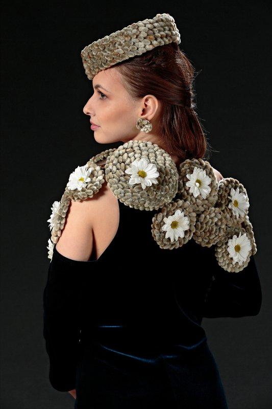 портрет, флористика, цветы Дамаphoto preview