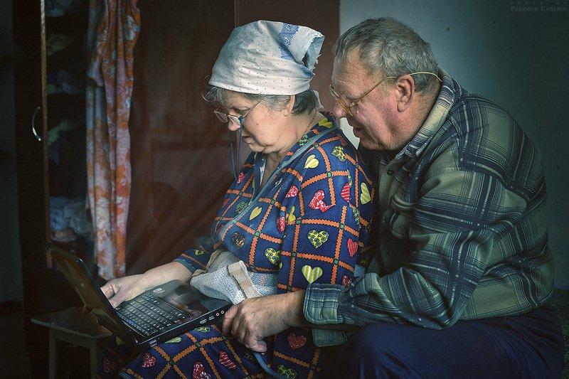 бабушка, онлайн, компьютер, дедушка Бабушка онлайнphoto preview