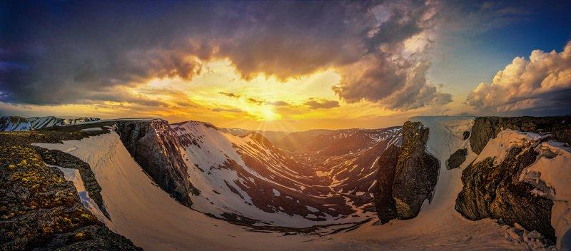Golden Valley фото превью