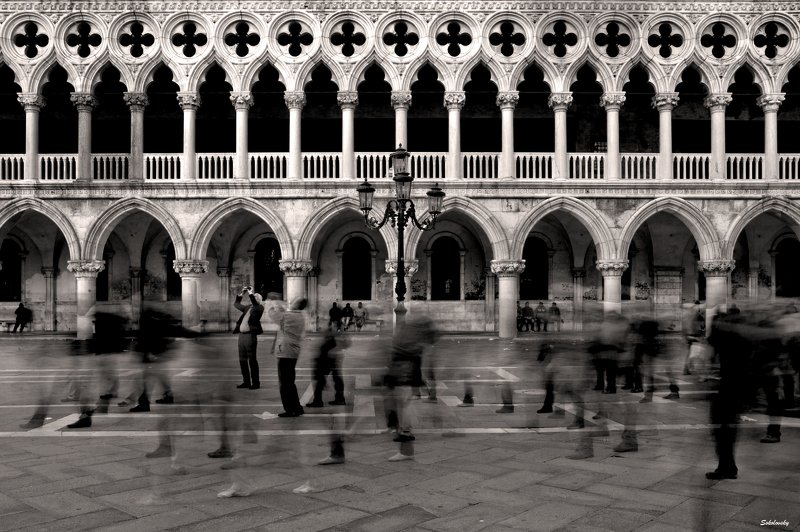 Italy, Venice, Palazzo Ducale, streetphoto,  Venicephoto preview