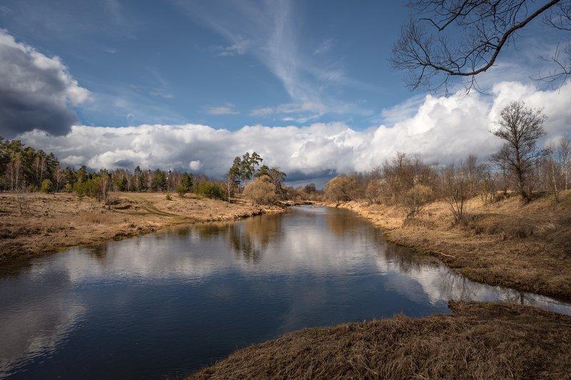весна,река,небо,облака,отражение,церковь весенний деньphoto preview
