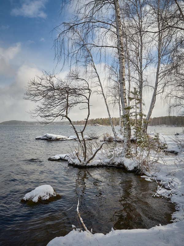 Под апрельским снегомphoto preview
