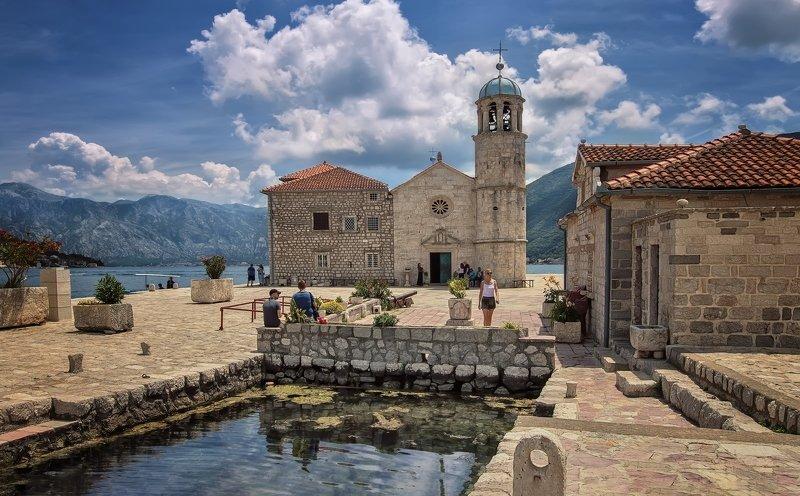 пейзаж,путешествия,море,остров,храм Черногорияphoto preview