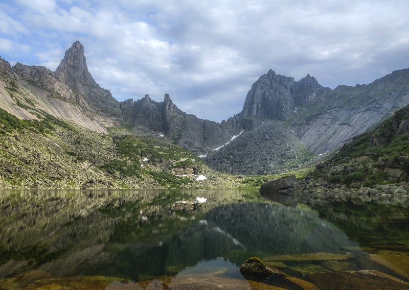 Озеро Горных Духовphoto preview