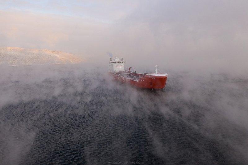 заполярье, мурманск, кольский залив, танкер, закат, судно, дрон Eniseyphoto preview