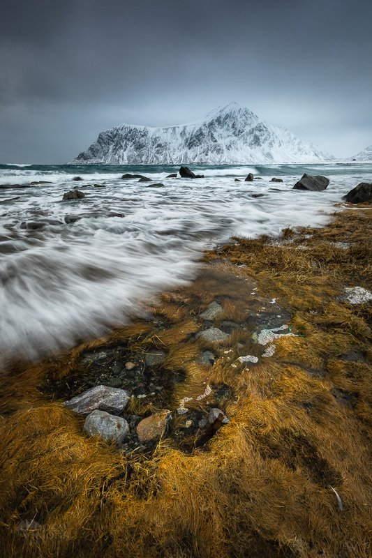 norway,lofoten,skagsanden,winter,sea,shore,mountain,water Washed out shorelinephoto preview