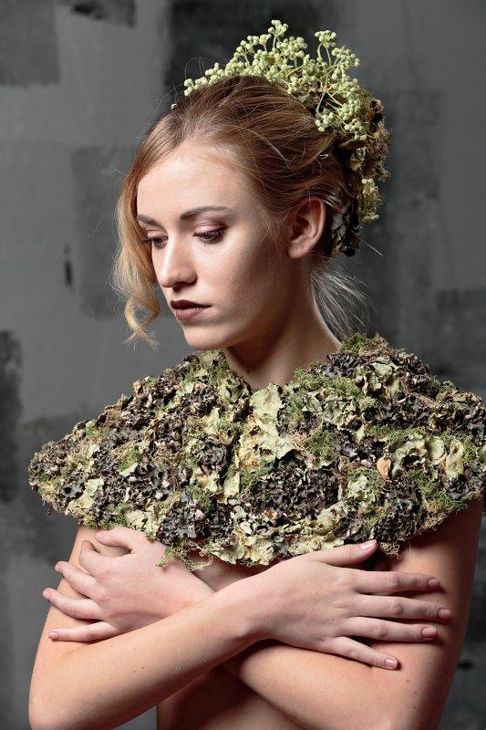 флористика, портрет, цветы Воротникphoto preview