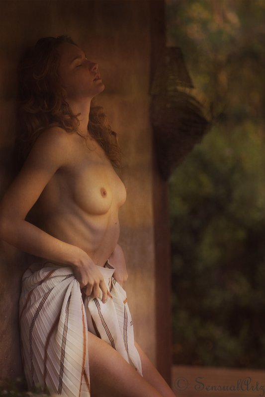 female, woman, nude Evelynphoto preview