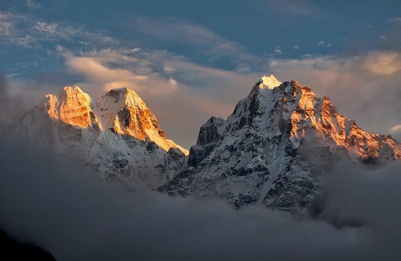 вершины, вечер, гималаи, горы, непал В ожидании чуда...photo preview