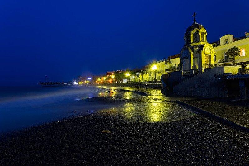 крым, ялта, набережная, ночь, море, пляж, волна, пейзажи крыма Ночная Набережная в Ялтеphoto preview