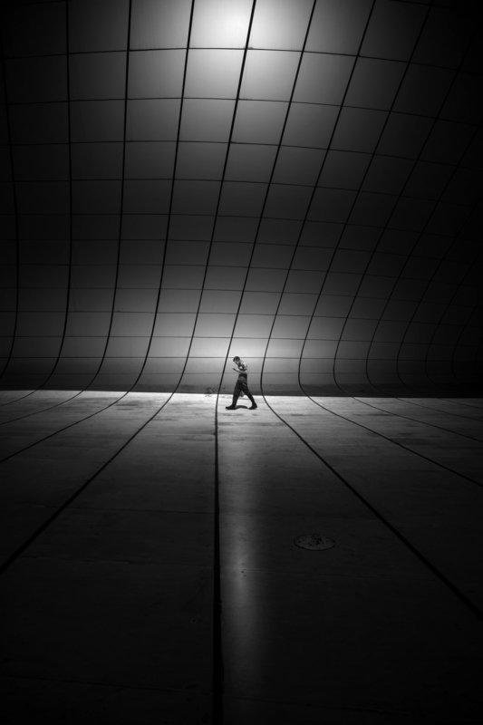 I walk alonephoto preview