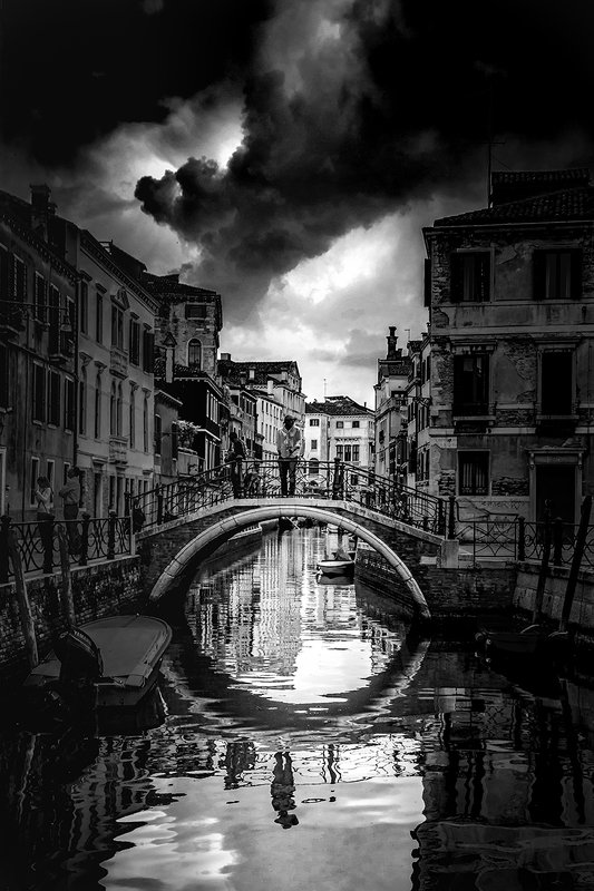Venice canalsphoto preview
