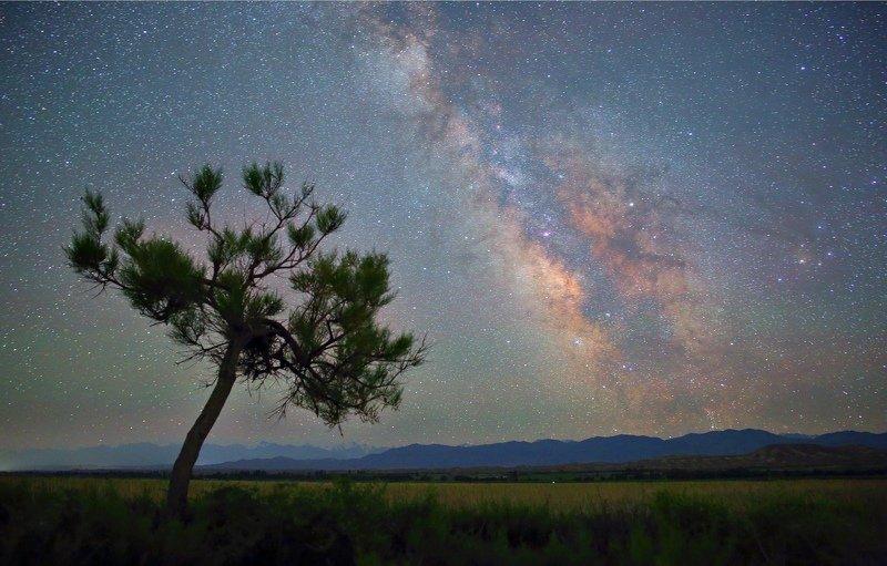 ночь эльбрус ночной пейзаж астрофотография звезды созвездия На берегу Иссык-Куляphoto preview