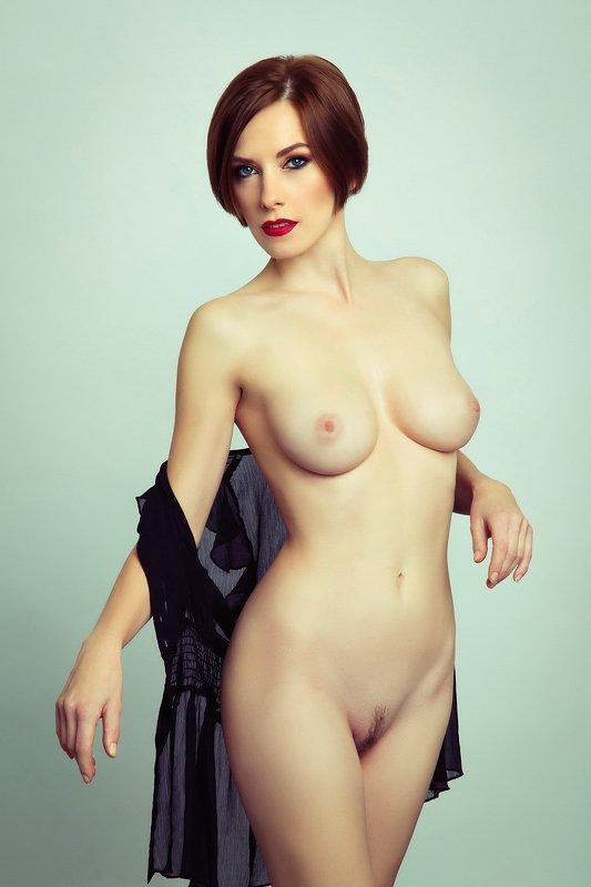 model, fine art, nude, naked, sexy, sensual, colour, woman, female, body, erotica, glamour, curves, portrait, beautiful, fashion, fashion nude, pose. portrait, Erikaphoto preview