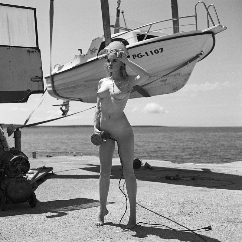 akt, nude, analog, women, topless, fineart, hasselblad, bw, 6x6, plenerywchorwacji, croatia, Olaphoto preview