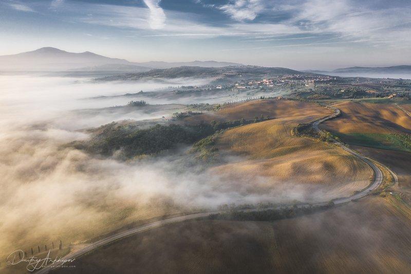 Пролетая над Тосканойphoto preview